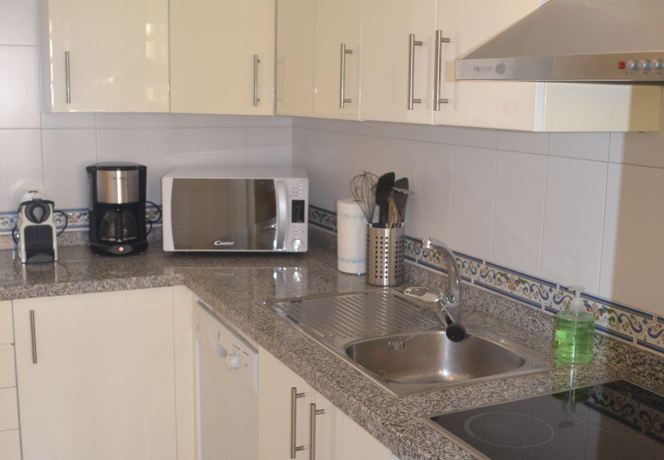 ZapHoliday - 2115 - Apartmentvermietung in Manilva, Costa del Sol - Küche