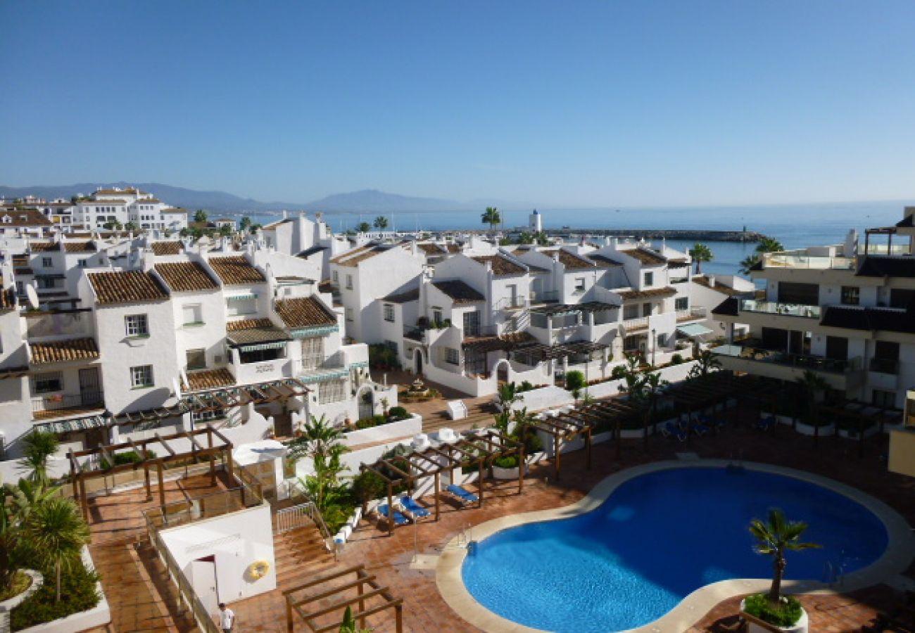 Zapholiday - 2129 - La Duquesa Wohnung, Costa del Sol - Schwimmbad