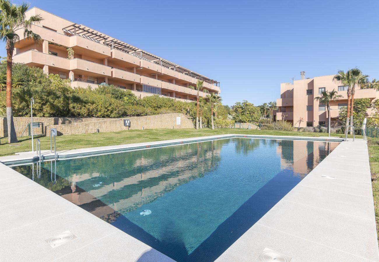 Zapholiday - 2020 - Manilva Apartmentvermietung - Schwimmbad