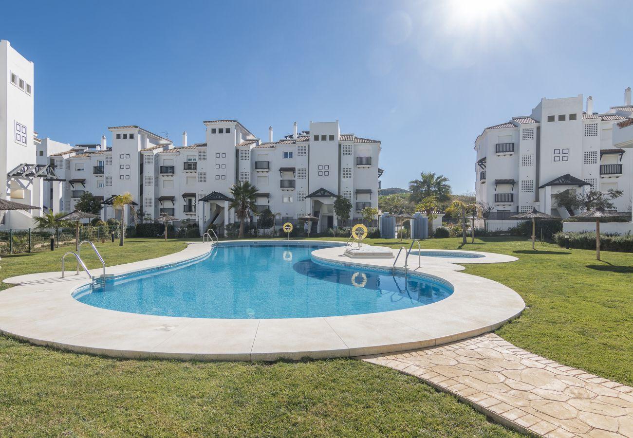 Zapholiday - 2197 - Manilva Apartmentvermietung - Schwimmbad