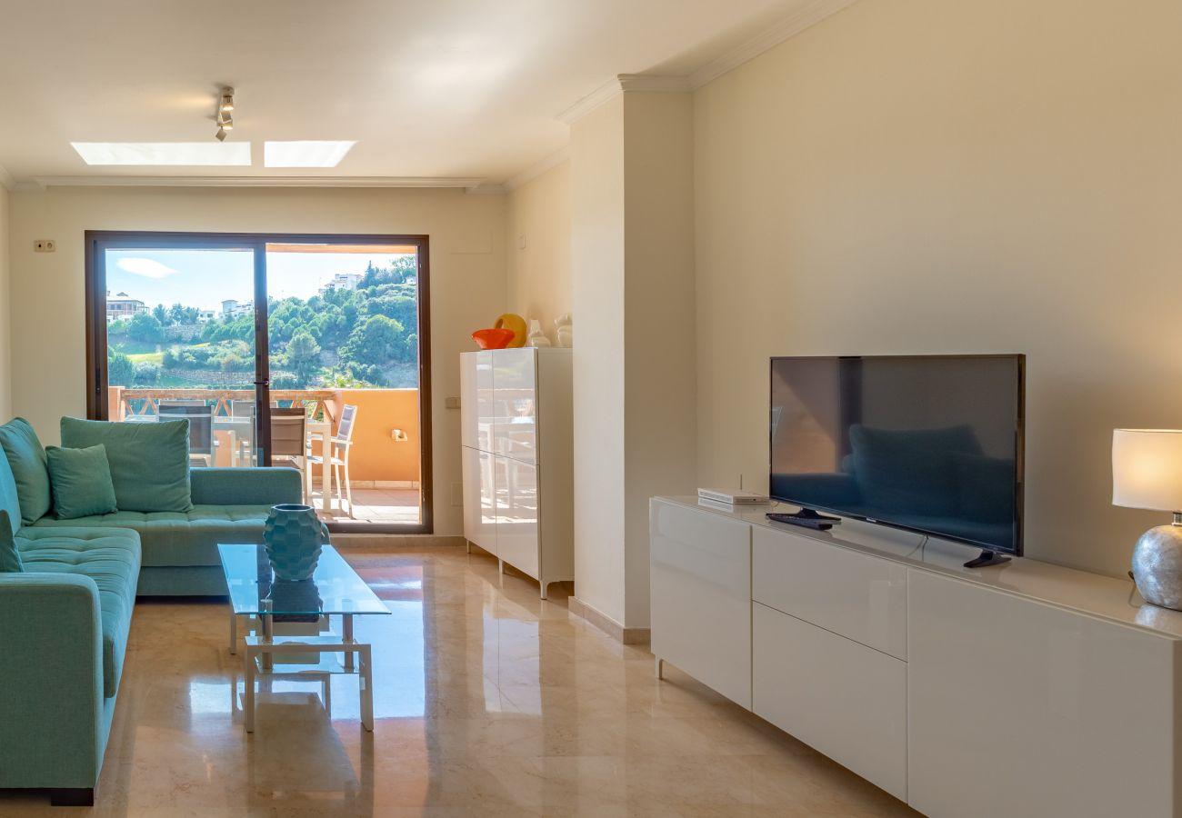 Zapholiday - 2225 - Casares Apartmentvermietung - living room
