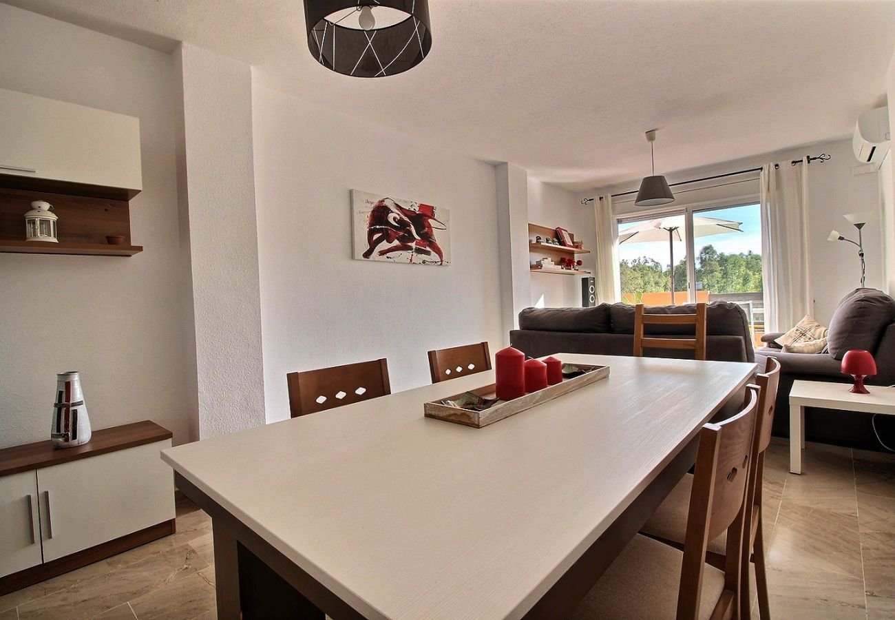 Zapholiday - 2231 - Casares Apartmentvermietung - living room