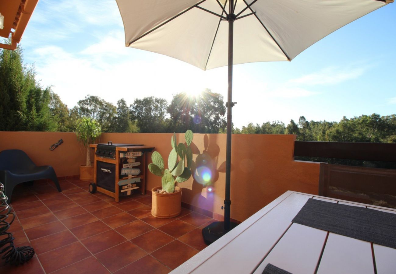Zapholiday - 2231 - Casares Apartmentvermietung - Terrasse Grill