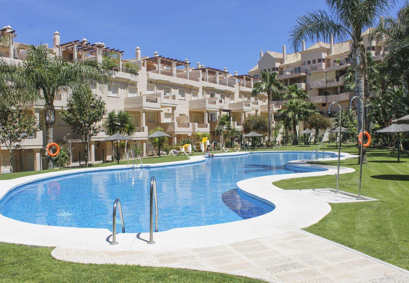 Zapholiday - 2247 - Apartmentvermietung in Manilva - Schwimmbad