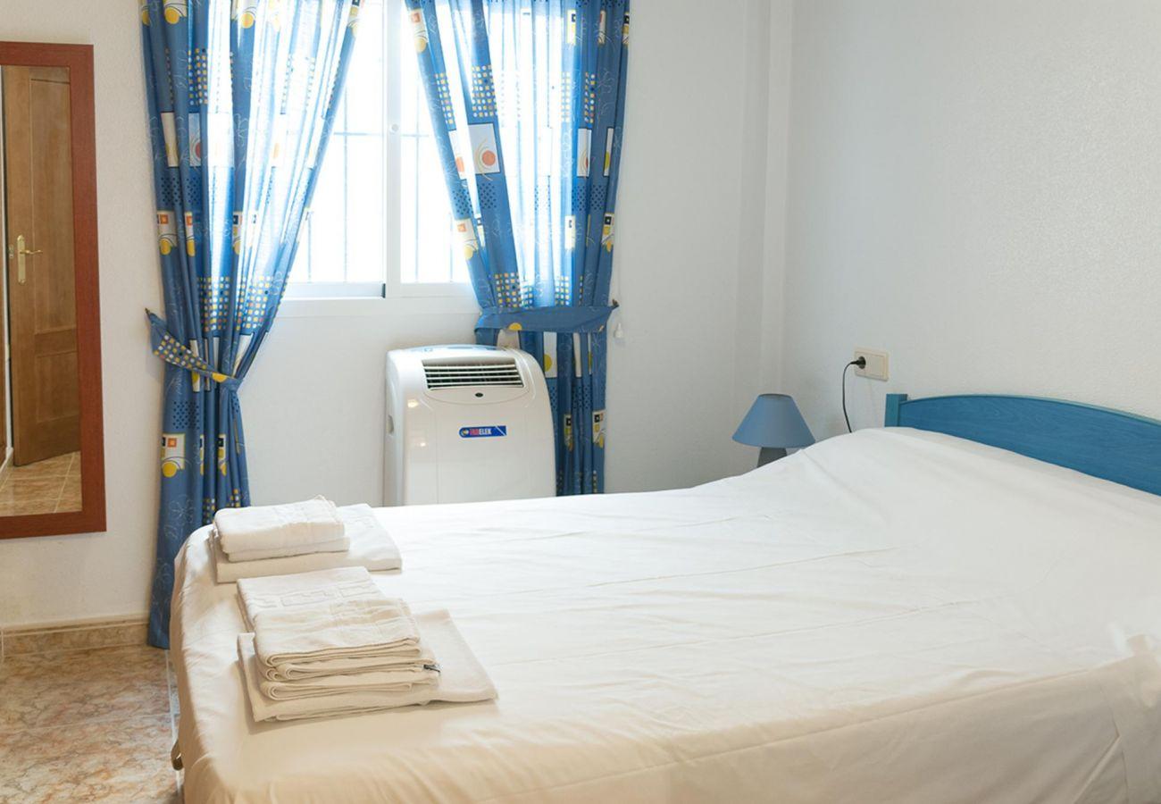 Zapholiday - 3001 - Orihuela Costa - Apartmentvermietung - Schlafzimmer