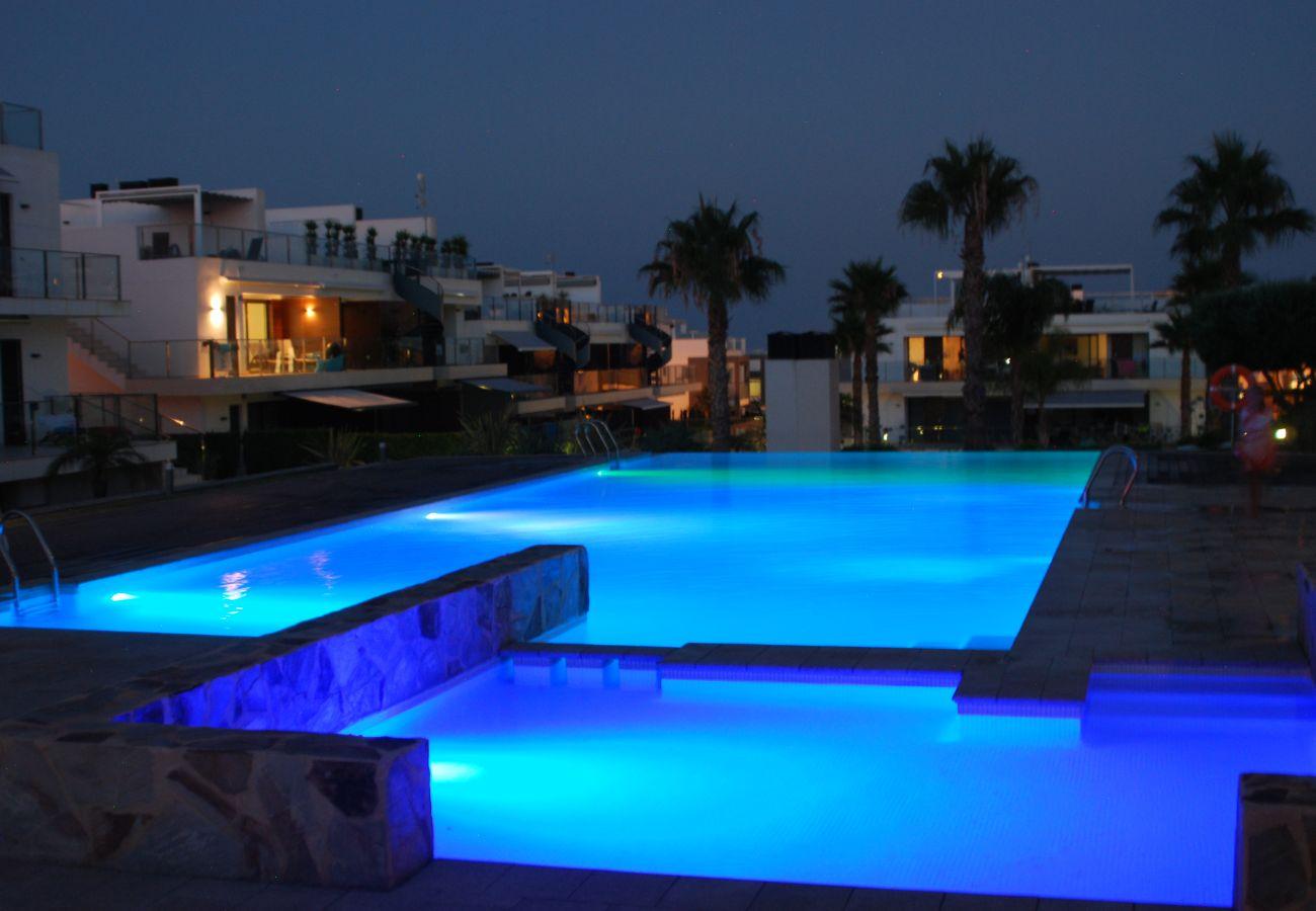 Zapholiday  –  3011  -  Orihuela Costa Wohnung, Costa Blanca  –   Schwimmbad