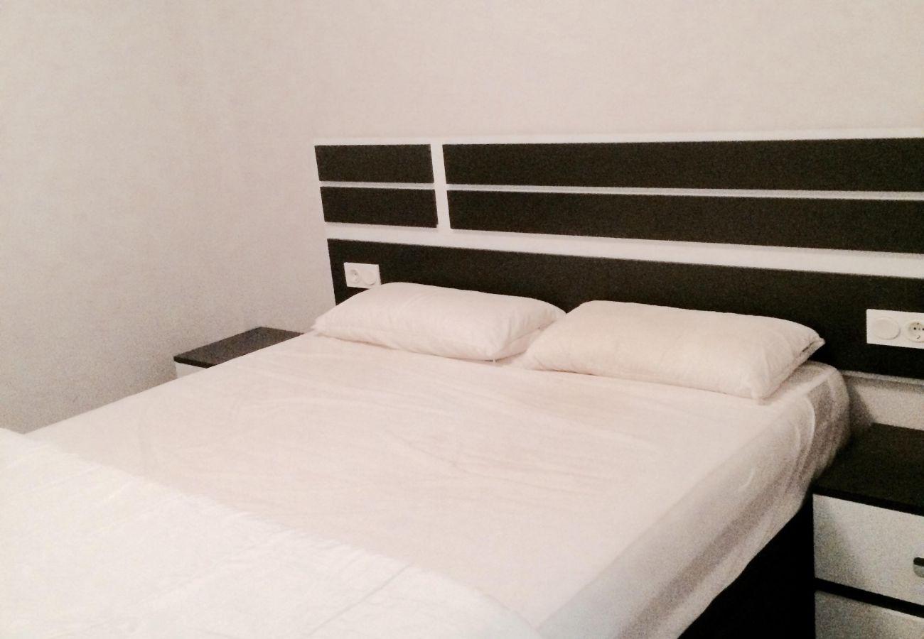Zapholiday - 3020 - Wohnung Torre de la Horadada, Costa Blanca - Schlafzimmer