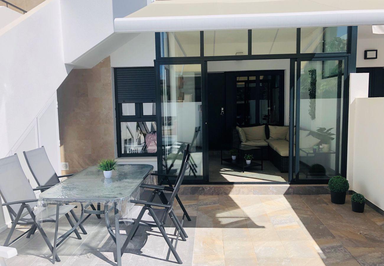 Zapholiday - 3020 - Wohnung Torre de la Horadada, Costa Blanca - Terrasse