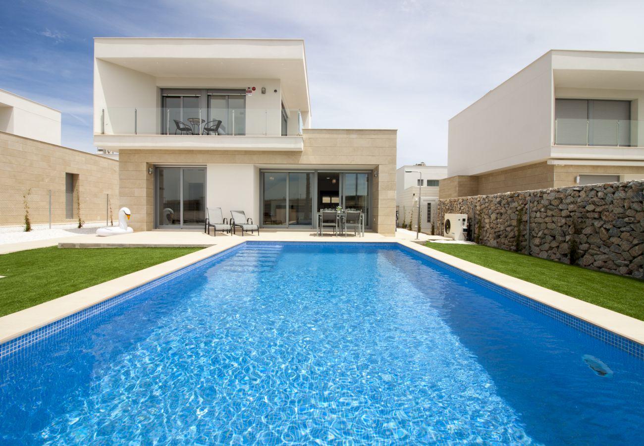 Zapholiday  –  3021  -  villa Orihuela, Alicante  –   Schwimmbad