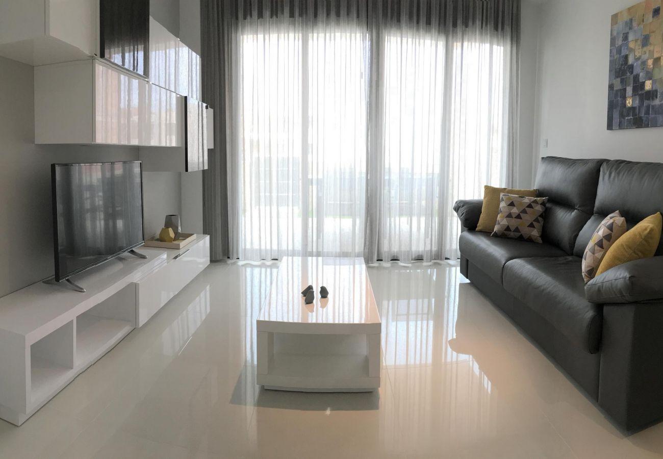 Zapholiday - 3022 - Mil Palmeras Wohnung, Costa Blanca - Wohnzimmer