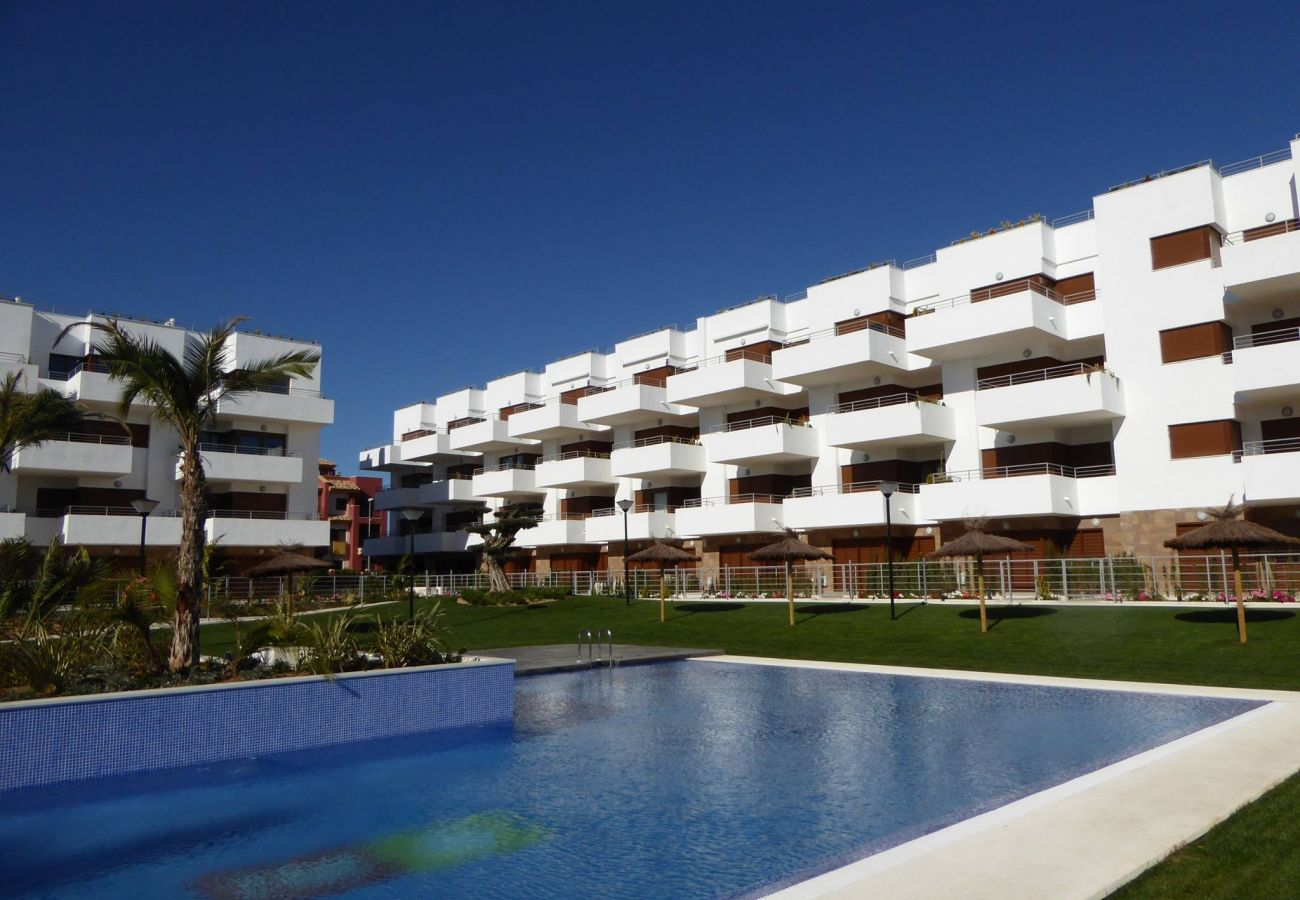 Zapholiday - 3029 - Orihuela Costa Penthouse, Costa Blanca - Schwimmbad