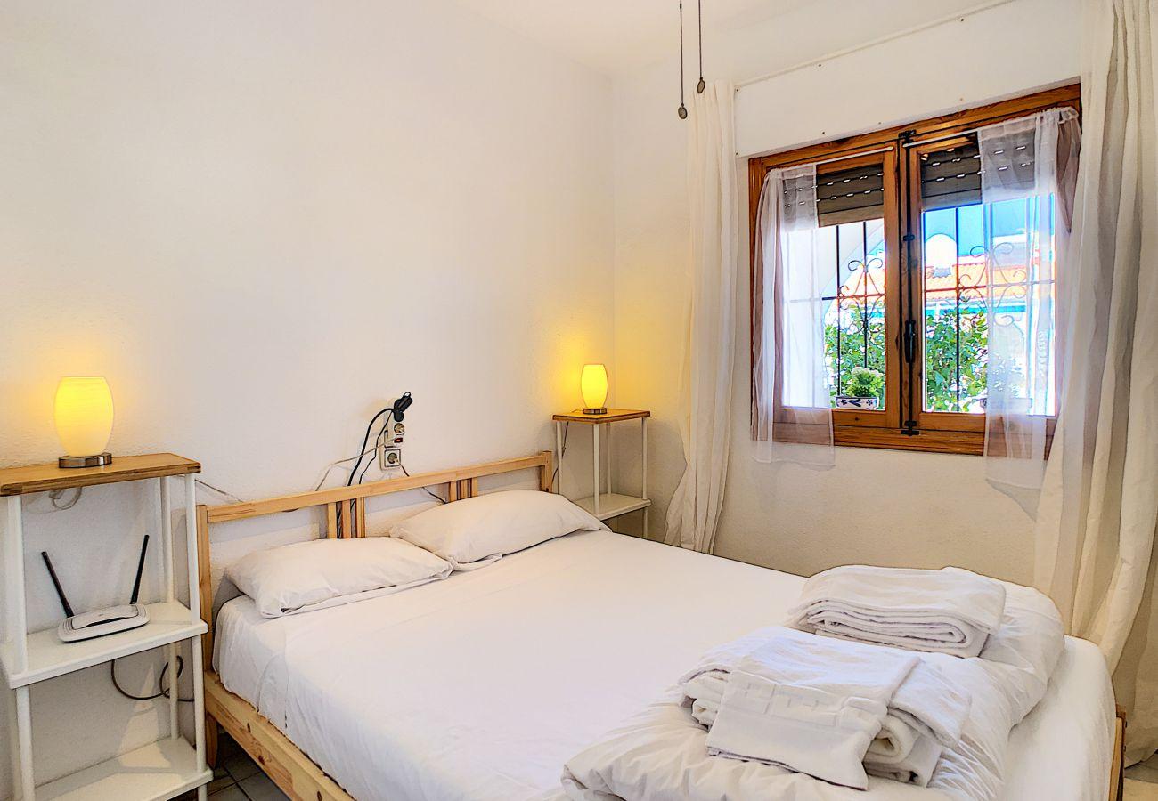 Zapholiday - 3046 - Mietwohnung Villamartin, Costa Blanca - Schlafzimmer