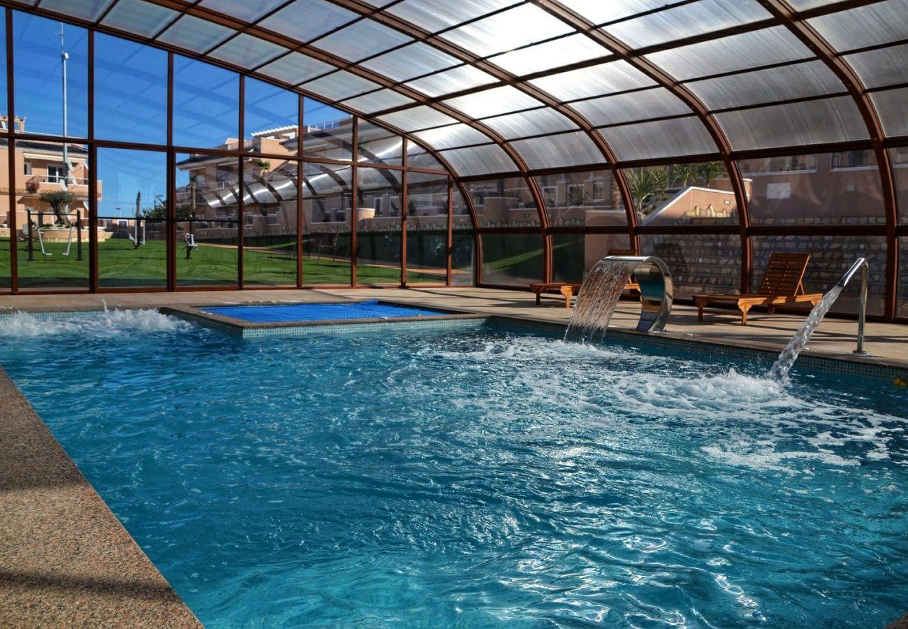 Zapholiday  –  3049  -  Punta Prima Wohnung, Costa Blanca  –   Schwimmbad