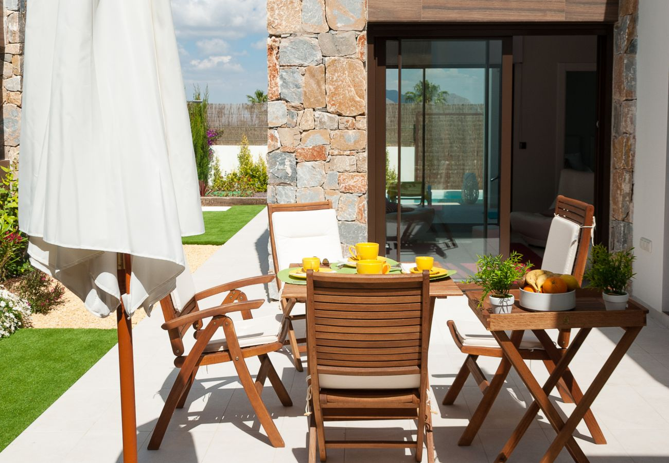 Zapholiday  –  3019  -  villa Algorfa, Alicante  –   terrasse
