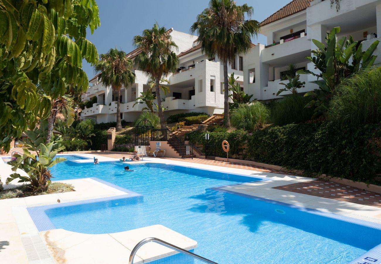 Zapholiday - 2290 - Apartmentvermietung La Duquesa, Costa del Sol - Schwimmbad