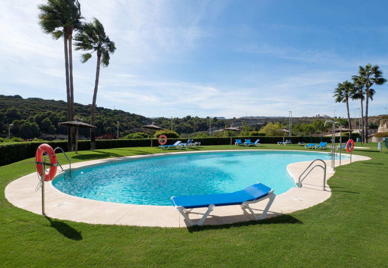 Zapholiday - 2297 - Casares Wohnung, Costa del Sol - Schwimmbad