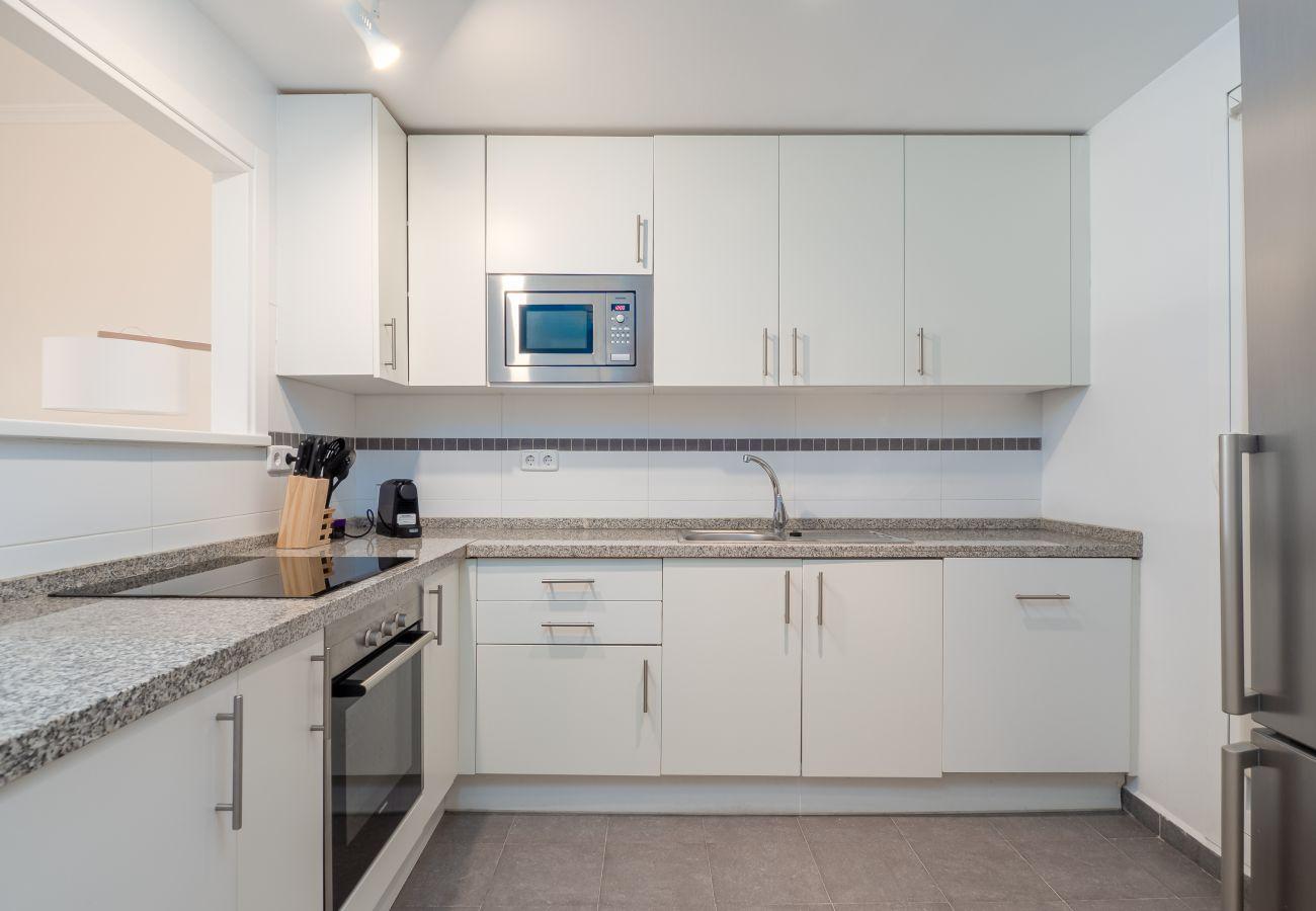 Zapholiday - 2297 - Casares Wohnung, Costa del Sol - Küche