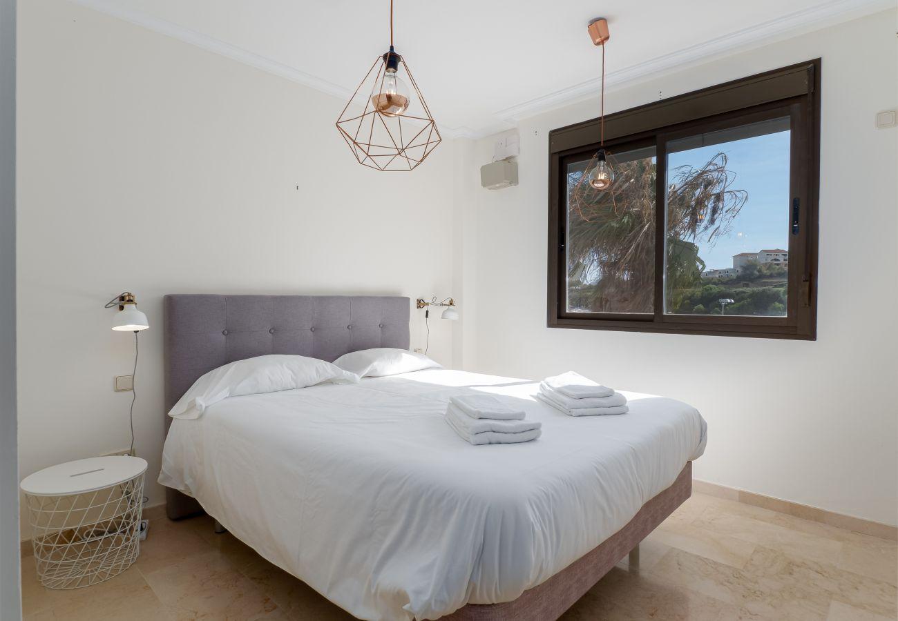 Zapholiday - 2297 - Casares Wohnung, Costa del Sol - Schlafzimmer