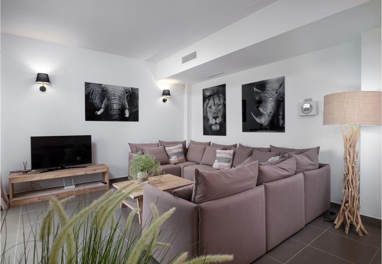 Zapholiday - 2301 - Villa Estepona, Costa del Sol - Wohnzimmer