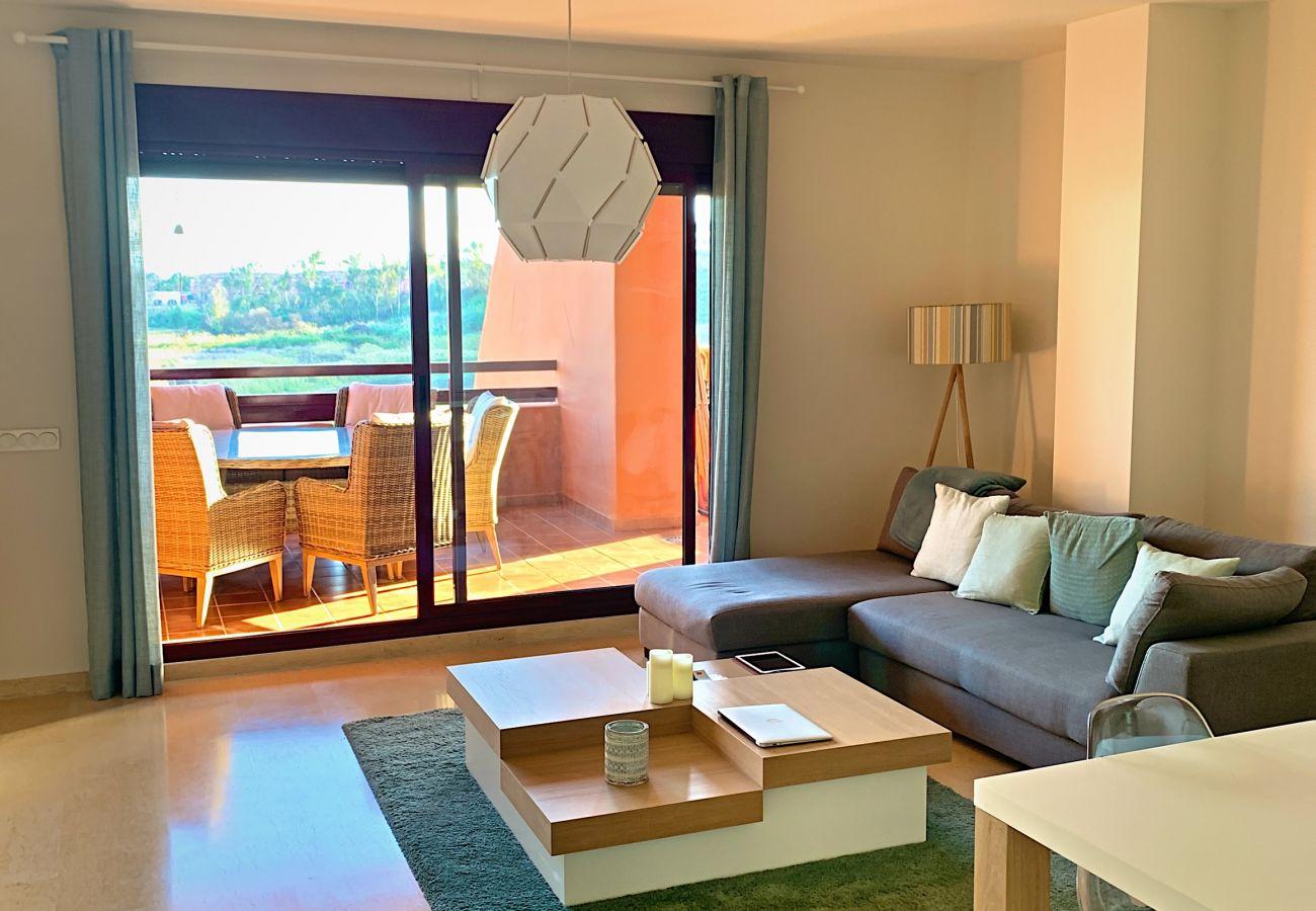 ZapHoliday - 2303 - Apartmentvermietung in Manilva, Costa del Sol - Wohnzimmer