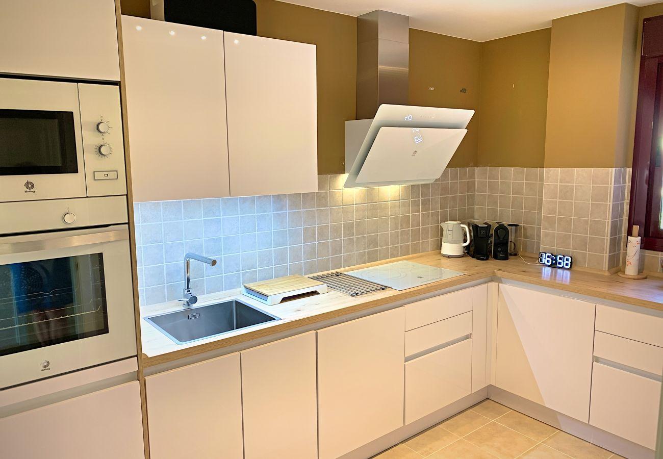 ZapHoliday - 2303 - Apartmentvermietung in Manilva, Costa del Sol - Küche