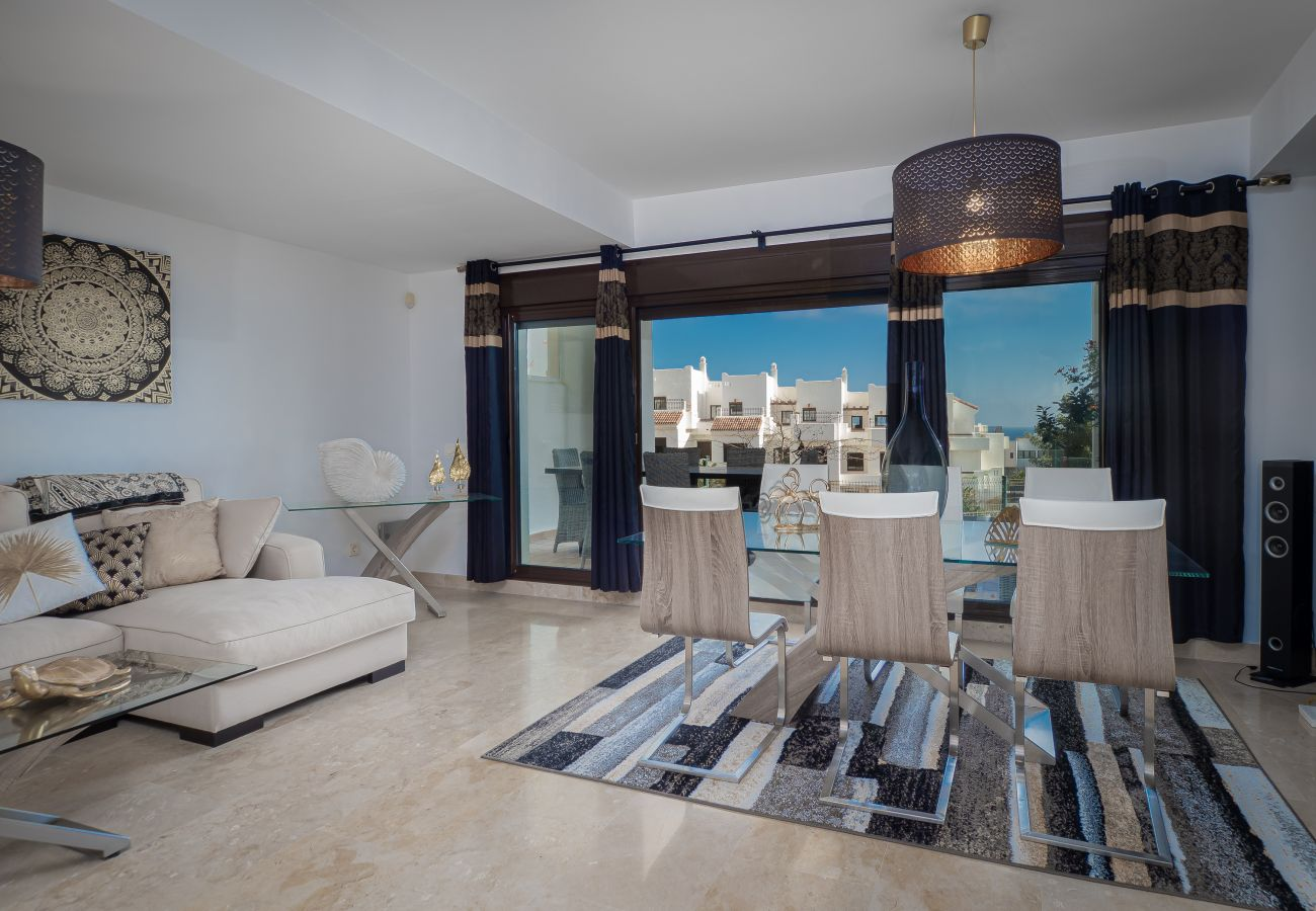 Villa in San Roque - Marina Alcaidesa 2305